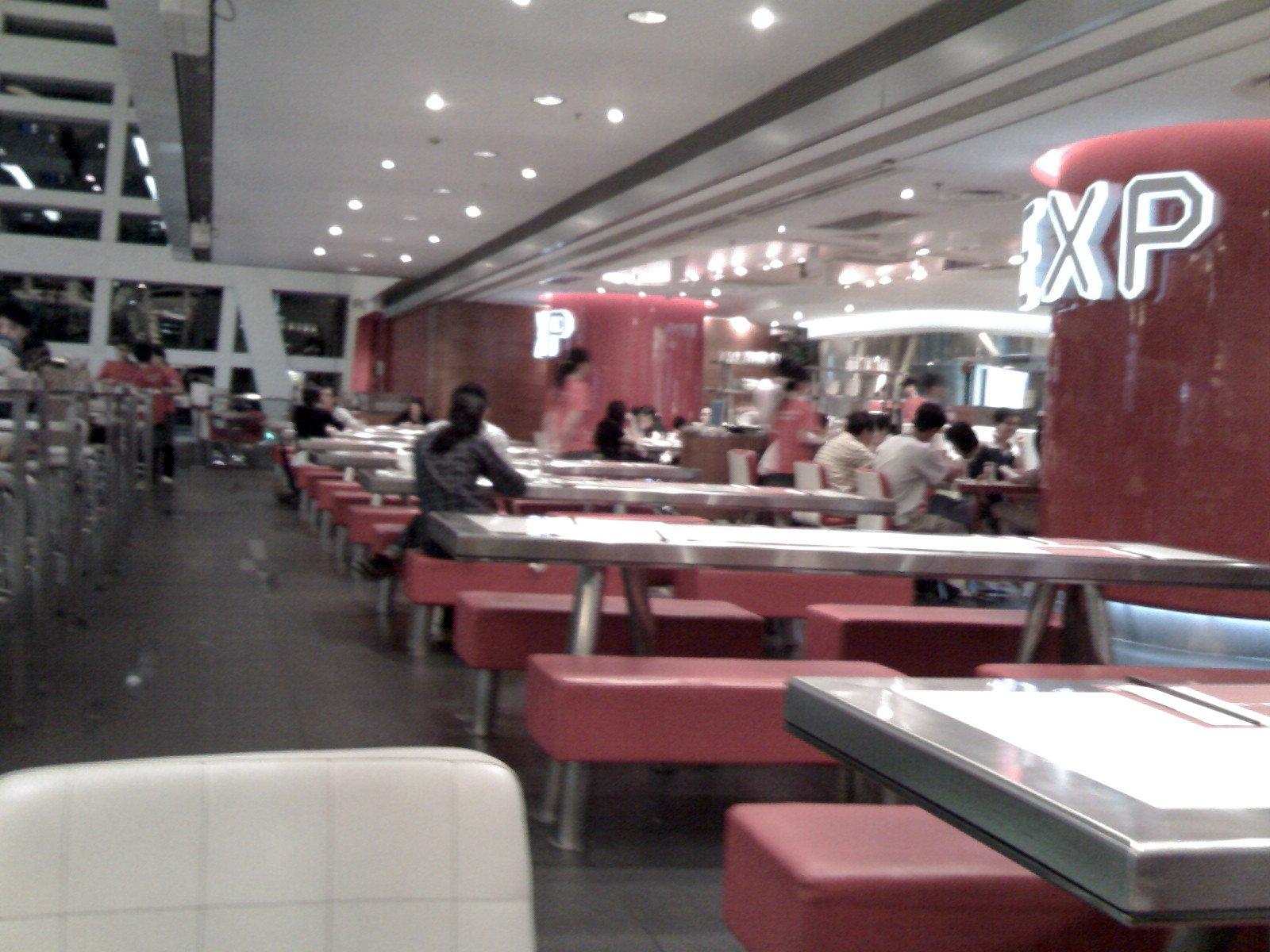 食店仍有四成客人