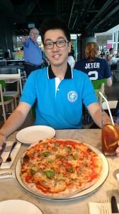 hkia-pizzaexpress-sammy