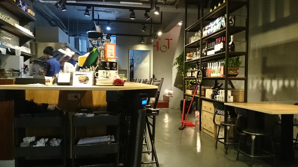 rollingcafe-interiors