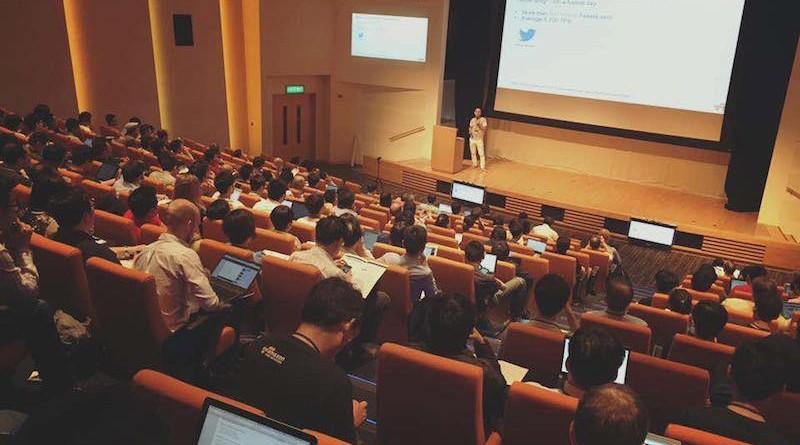 hkoscon2015-keynote1-800x445